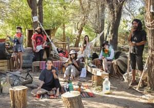Paloma, Gabriel, Teresa Victor, Josè, Sofie, Macarena, Jorge, Coinquilini, Deserto Atacama, Spain, 2020.