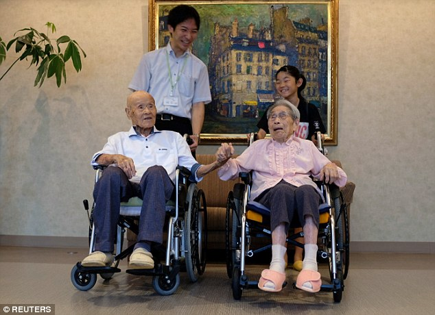 The world's previous oldest living married couple were Masao Matsumoto and Miyako Sonoda from Japan