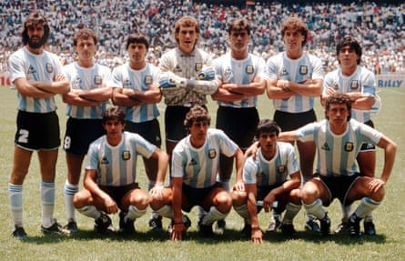 The Argentina squad before the 1986 final, with Jorge Valdano on the right of the bottom row and Maradona standing behind