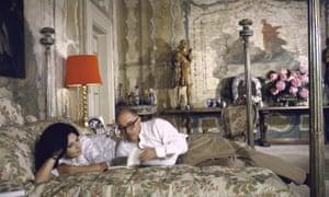 Sophia Loren with her husband Carlo Ponti in 1964