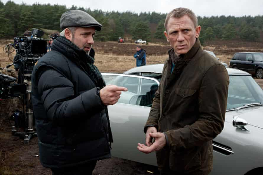 Daniel Craig on the set of Skyfall in a Barbour jacket