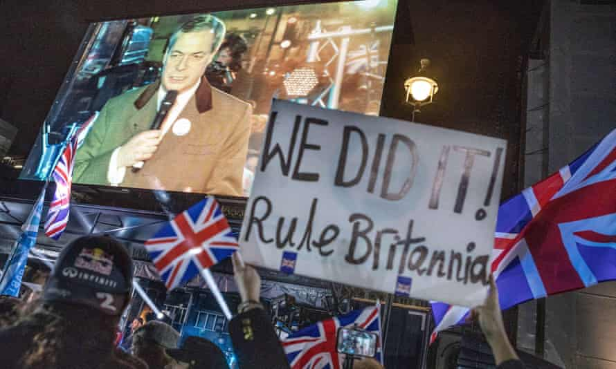 Pro-Brexit campaigner Nigel Farage speaks at a rally