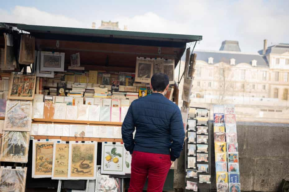 There are almost 200 book stalls along the right and left banks of the river Seine in Paris, but few of them are still open.