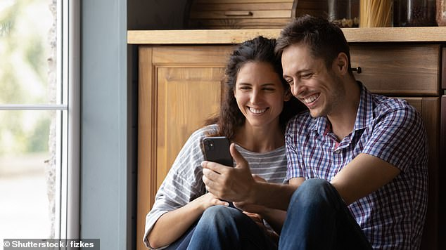 Despite fears concerning a deterioration in the quality of relationships, dating app couples are just as sexually and socially satisfied as others