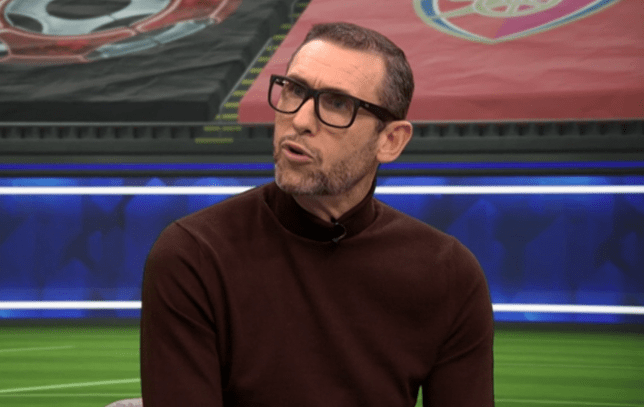 Martin Keown was full of praise for Edinson Cavani after Manchester United beat Fulham