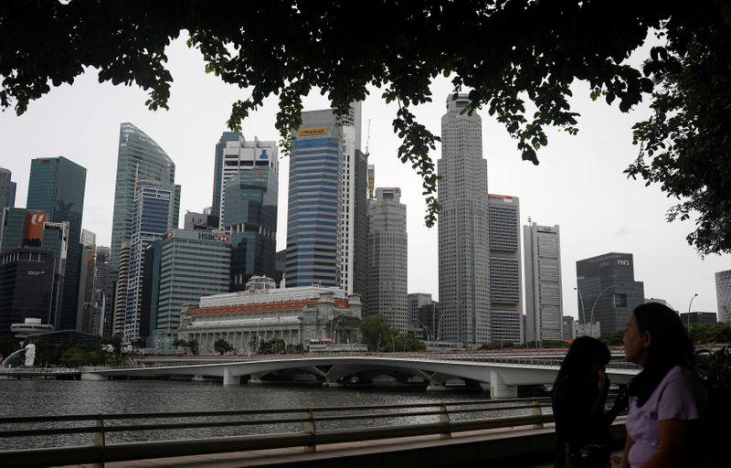© Reuters. View of Singapore skyline, amid the coronavirus disease (COVID-19) outbreak