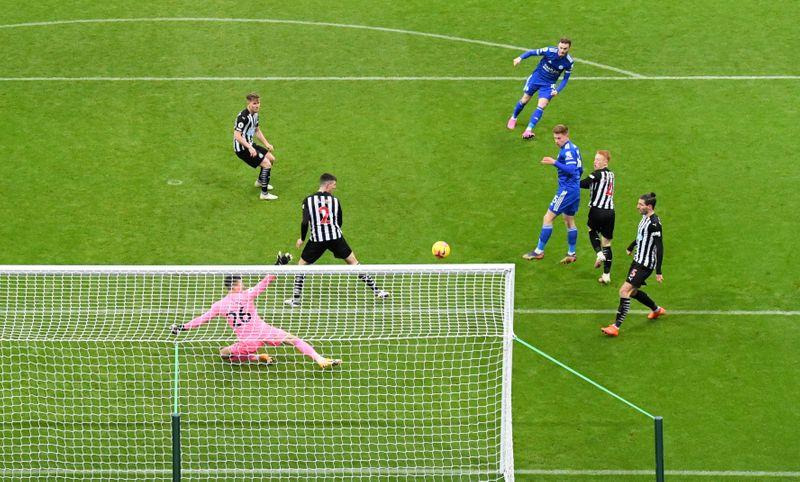 © Reuters. Premier League - Newcastle United v Leicester City