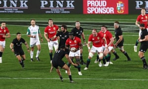 Maro Itoje looks to make a dent in the New Zealand defence at Eden Park in 2017