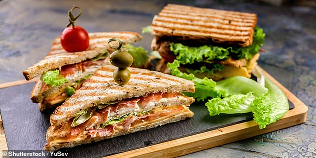 They found that customers buying cold sandwiches were twice as likely to also pick up other items such as crisps, cookies, or a high-calorie drinks than those who ordered hot food