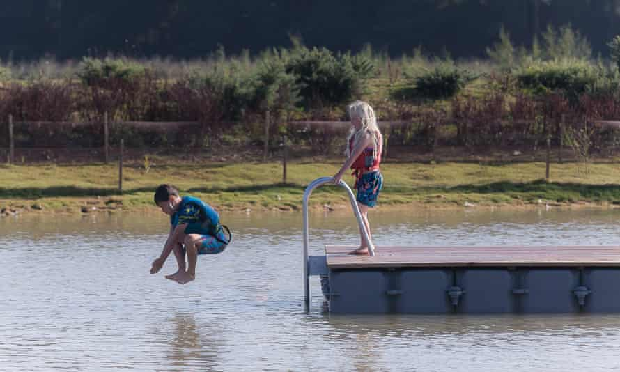 Children jumping into water at Silverlake