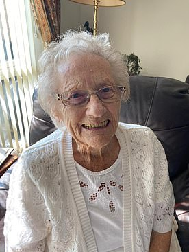 June Rollings, 91, from Peterborough, fears she has been forgotten in the jab roll out