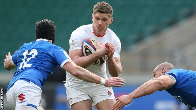 Owen Farrell playing against Italy