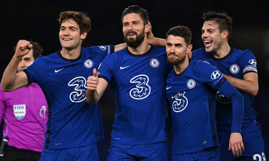 Olivier Giroud of Chelsea celebrates after scoring his sides first goal with Marcos Alonso (left), Jorginho and Cesar Azpilicueta of Chelsea (right).