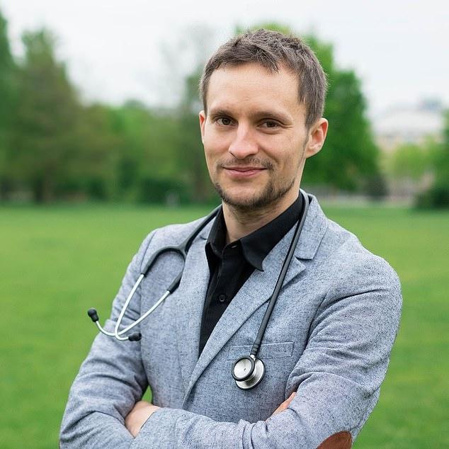 Simon Breidert, a psychiatric worker from Berlin, began taking finasteride in 2015 but then started experiencing strange symptoms