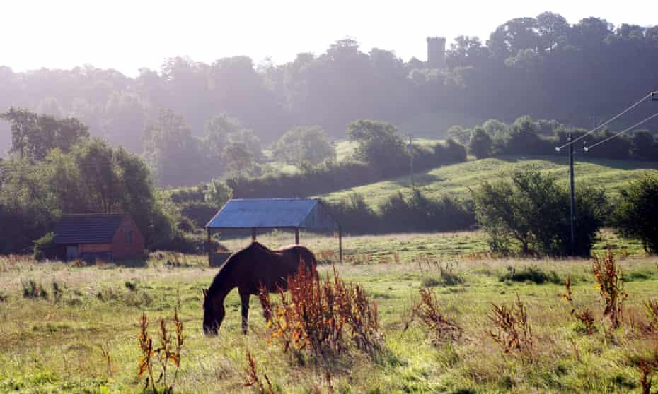 View across Edge Hill battlefield site to Edgehill Tower, Warwickshire, England, UK.