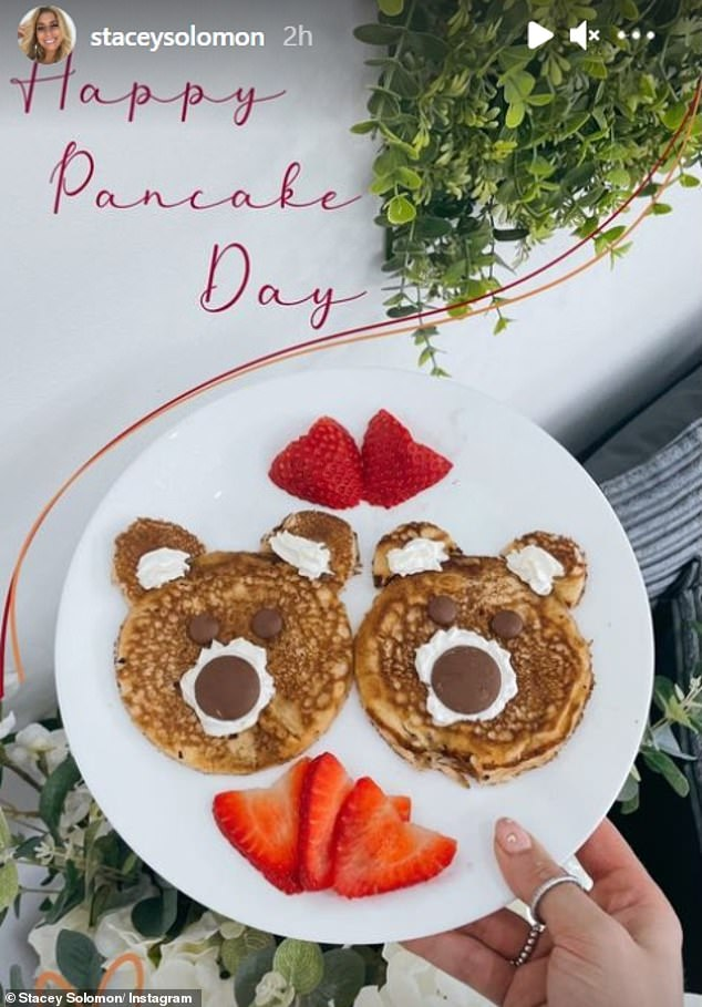 All yours: Stacey Solomon revealed two rather impressive bear shaped pancakes