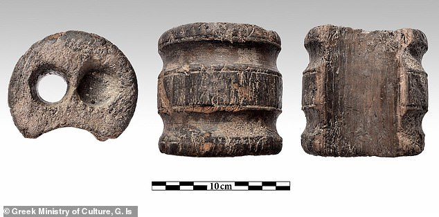 Wooden cylinder with two holes.The sunken the ship was owned by Thomas Bruce, Earl of Elgin, the Scottish nobleman who removed artefacts from the Parthenon early in the 19th Century