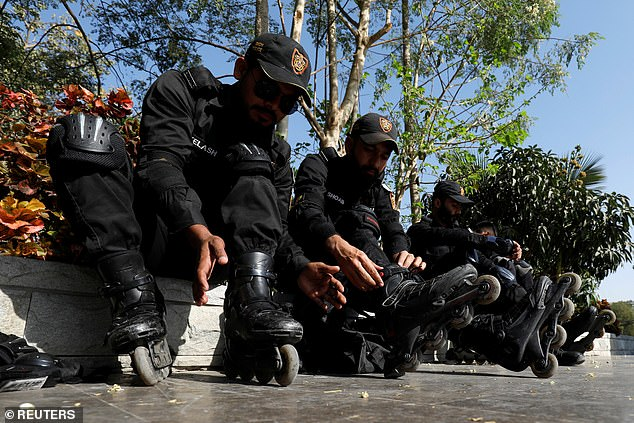 Rollerblading police could not be deployed across many parts of Karachi due to the poor road conditions and uneven footpaths. Karachi is known for its potholes
