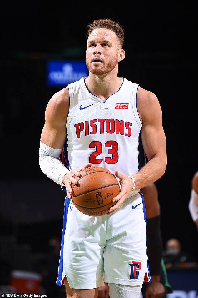 Did they date? And Beer has been tied to Blake Griffin #23 of the Detroit Pistons; seen in mid February of this year. He has also dated Kendall Jenner in the past