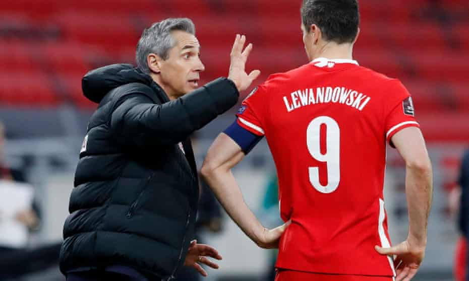 Paulo Sousa clicked with Robert Lewandowski – who is out of the England game injured – during a 'fantastic' four-hour meeting at the start of his time in charge of Poland.