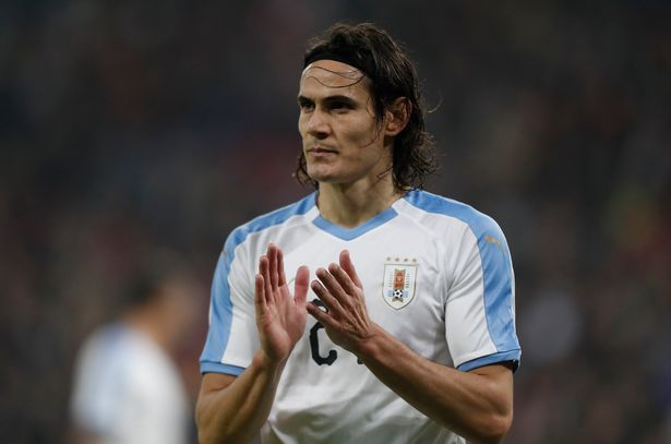 Edinson Cavani's father claims he's ready to leave Manchester United