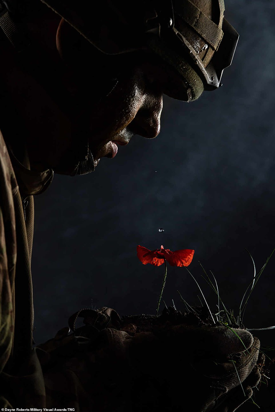 Another British entry came from Dayne Roberts, in the Illustrative category, which depicts a Corporal holding a poppy in the dead of night as he sheds a tear remembering the all solders that come before him