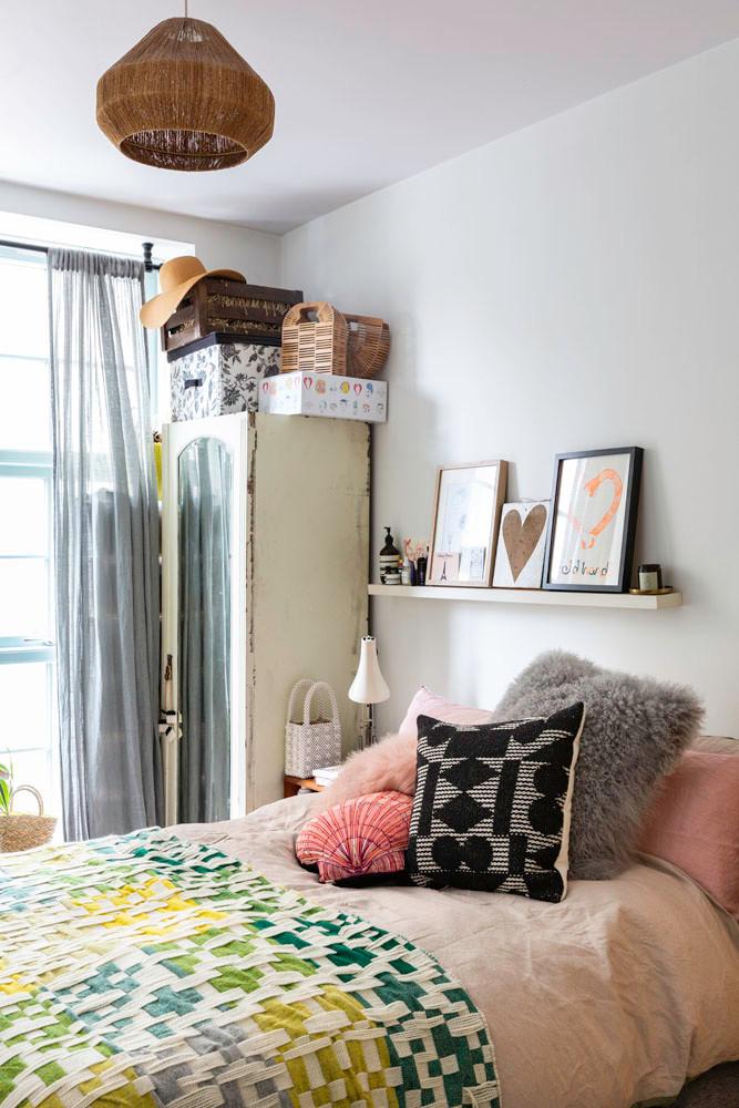 what I Rent: Zeena, one-bedroom flat in Hackney - the bedroom