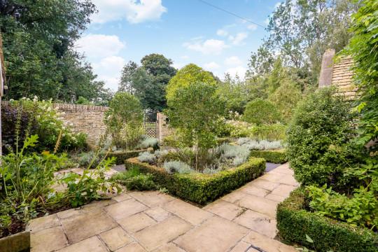 Turnstone House's gardens