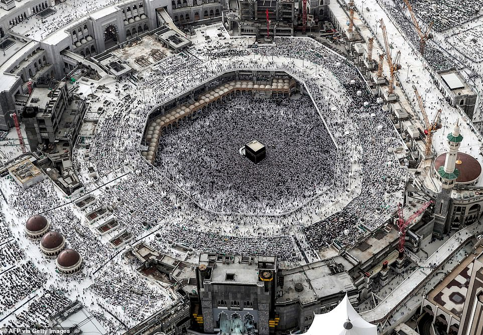 2019: An aerial view shows the Great Mosque filled with hoards of people celebrating the holy fasting month of Ramadan in the Saudi Arabian city of Mecca