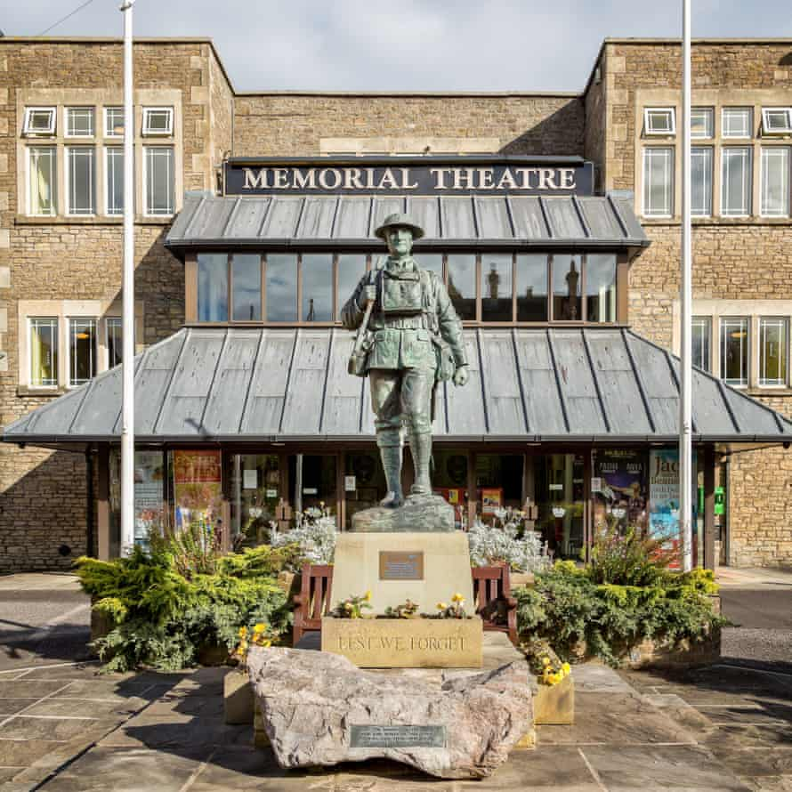 Memorial Theatre and war memorial in Christchurch Street, Frome, Somerset.