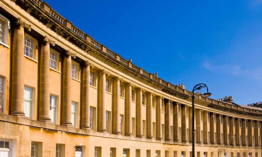 The Royal Crescent is one of the locations in Bath used to film Bridgerton.