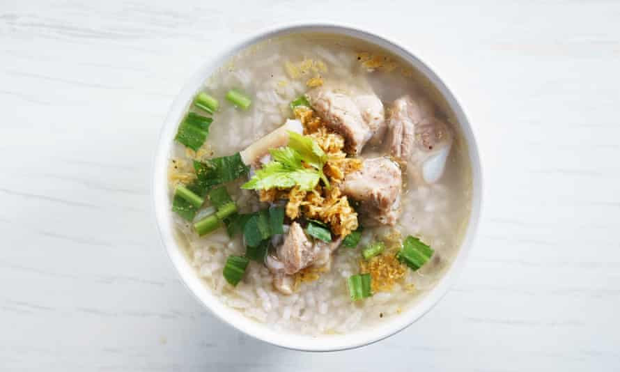 Rice congee with pock meat