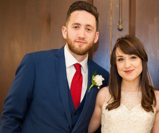 louise and mike zanier on their wedding day