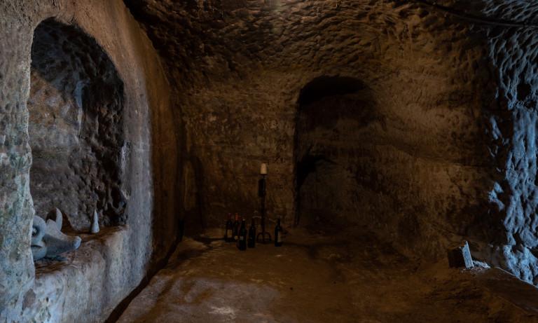 West Hill Villa - Caves