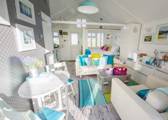 inside somerset beach hut