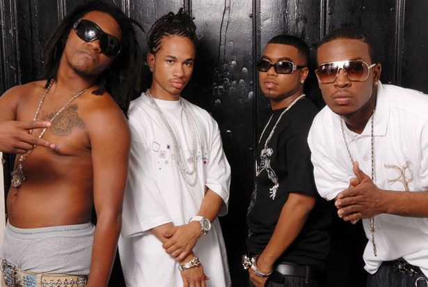 Slick 'Em, Spectacular, Baby Blue, and Pleasure pose for photos at Pretty Ricky's Artist Portrait Session in 2006