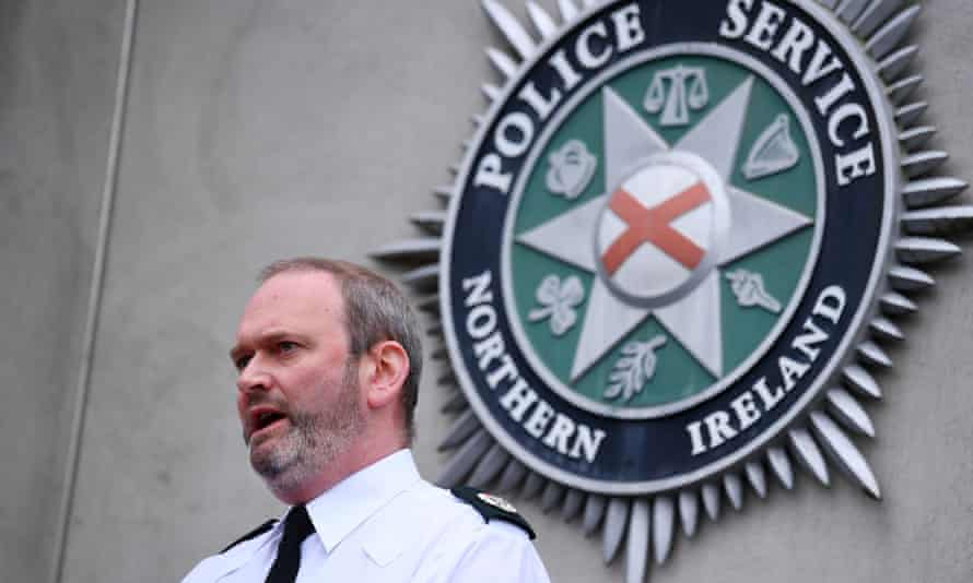 Mark McEwan of the PSNI speaks to the media about the incident