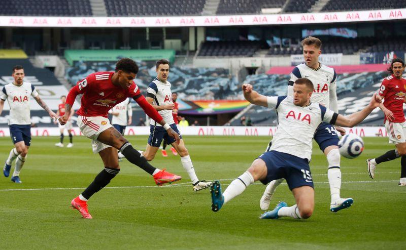 Soccer-Manchester United hopeful for Rashford ahead of trip to Leeds