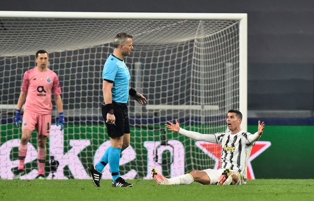 Juventus crashed out of the Champions League after Sergio Oliveira's free-kick went through Cristiano Ronaldo's legs