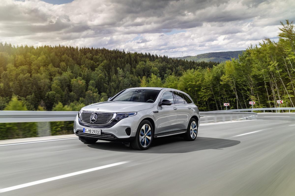 Mercedes-Benz EQC 2021: driving