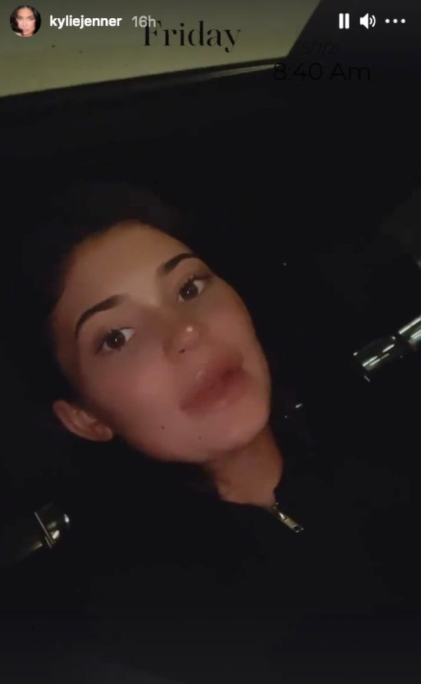Kylie Jenner filmed a video barefaced as she headed to a shoot