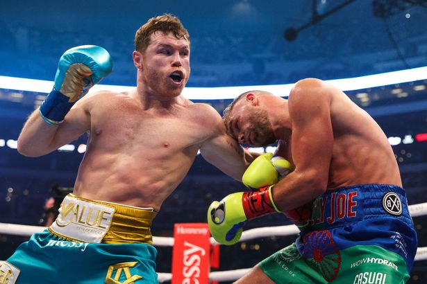 Alvarez put in a strong showing in front of a huge Texas crowd