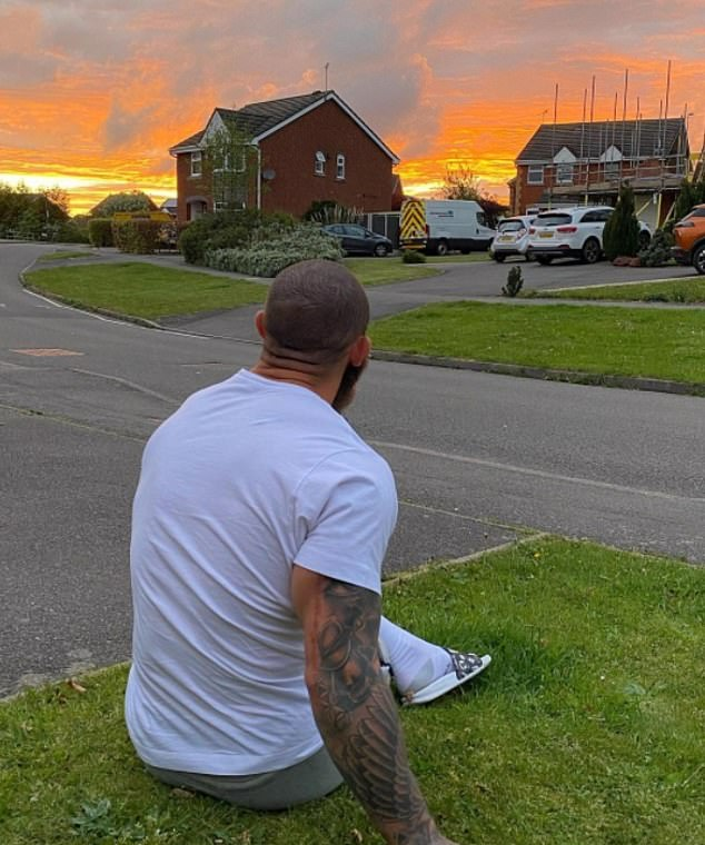 Heartbreaking:Alongside the moving images, Ashley penned a lengthy caption, explaining he had asked his daughter 'for a sign' while sitting outside
