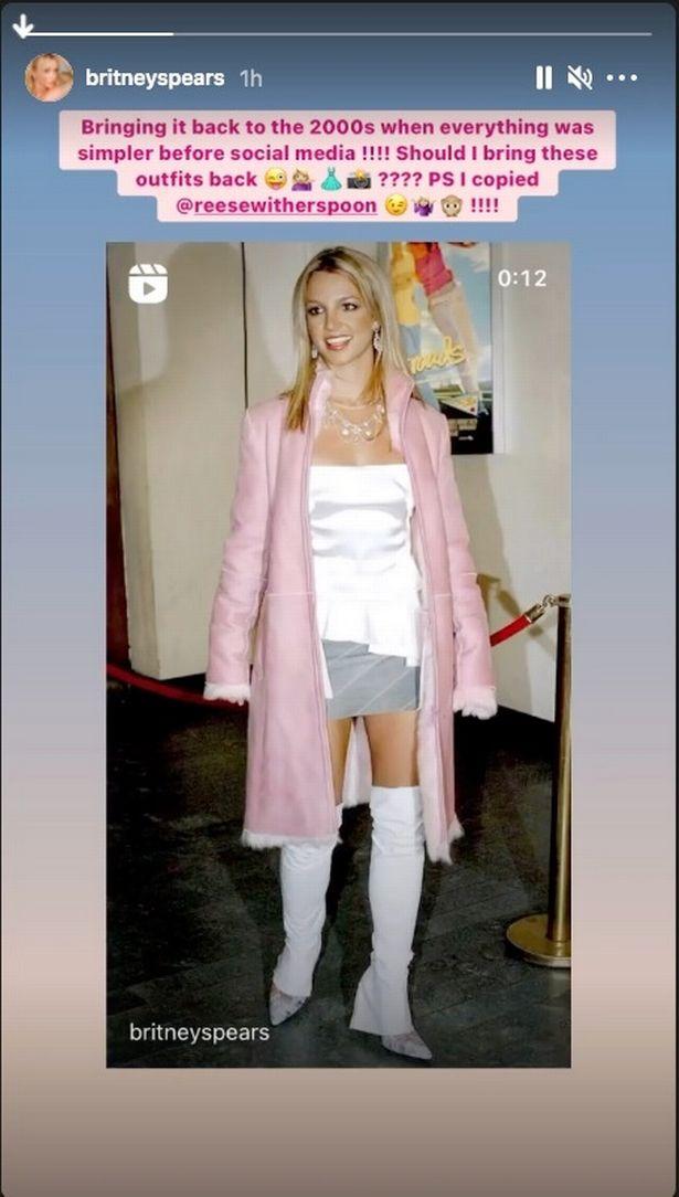 Britney Spears pink hair