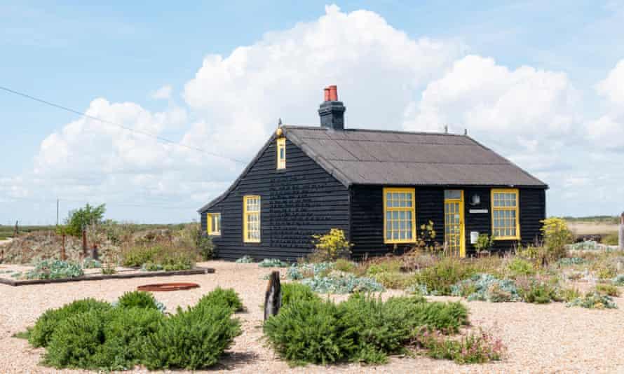 Prospect Cottage, the home and garden of the film-maker Derek Jarman, Dungeness, Kent, UK.
