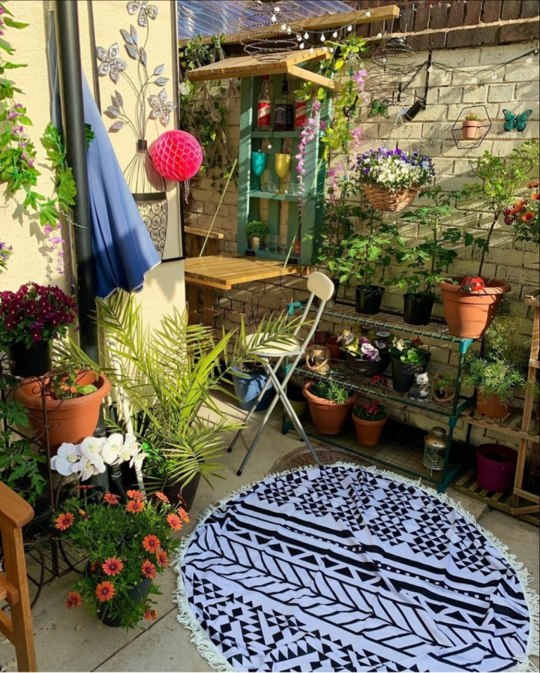 What I Rent: Lauren, £440 a month for a four-bedroom house in Walton, Liverpool - garden with plants and chairs
