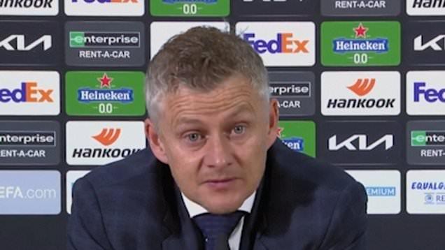 Solskjaer reacts after Man Utd lose Europa League final on penalties