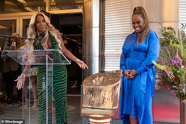 Icon:Apollo Theater Executive producer Kamilah Forbes presented Mary with the permanent plaque to recognize her cultural significance as well as her long and massively successful career