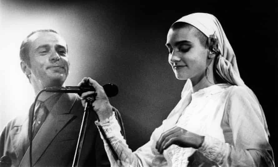 Peter Gabriel and Sinéad O'Connor in 1991