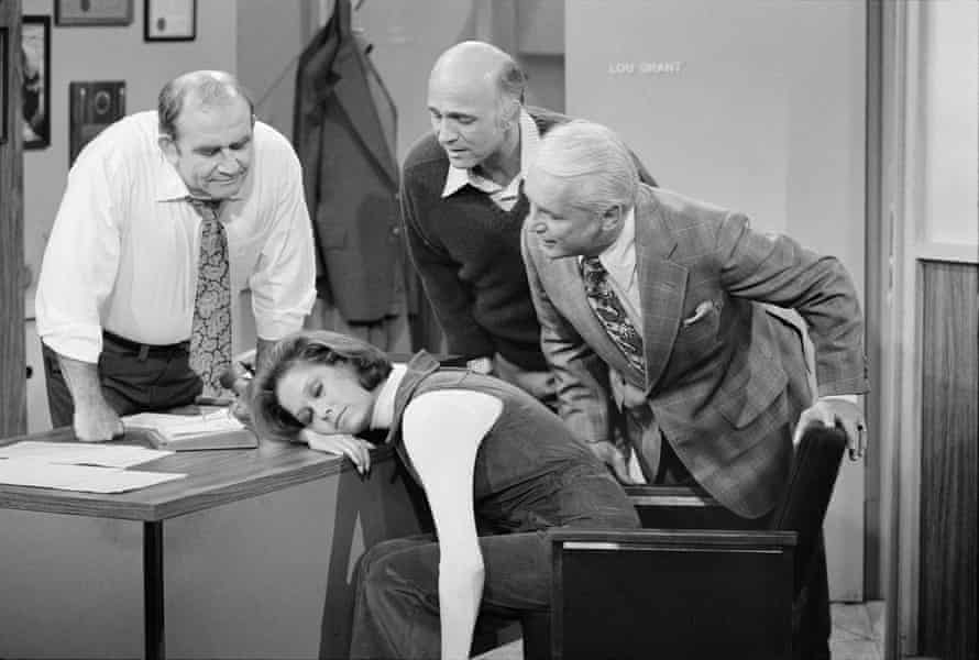 Gavin MacLeod, second from right, as Murray Slaughter in the Mary Tyler Moore show